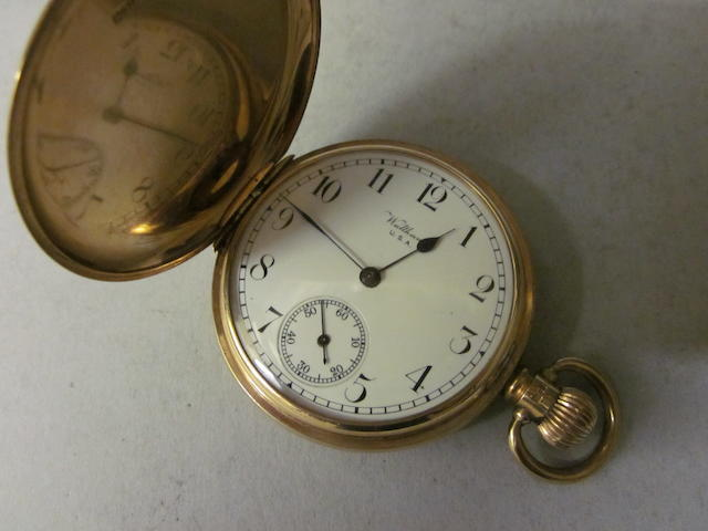 Waltham: A 9 carat gold hunter pocket watch,