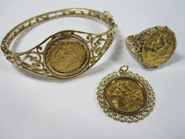 A collection of half sovereign mounted jewellery (3)