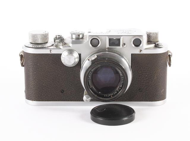 Leica IIIIc camera