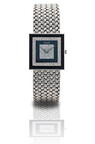 Piaget. A fine 18ct white gold manual wind wristwatch Ref: 92002 D2, Case no. 363787, Circa 1990s