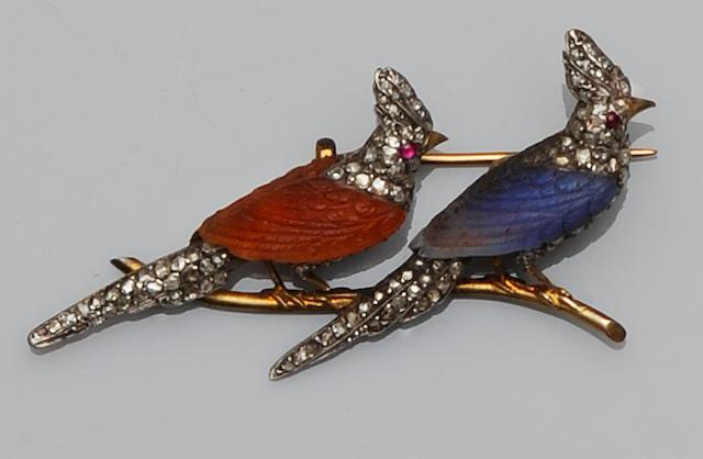 A diamond set novelty brooch