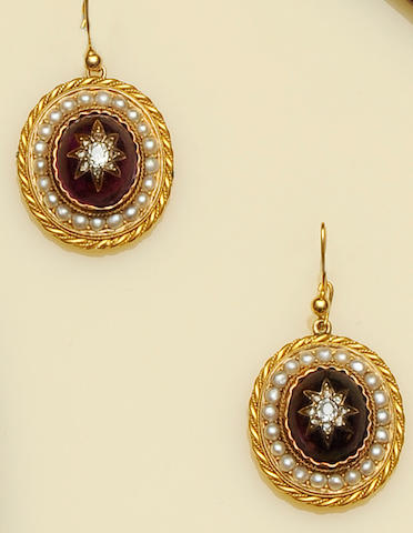 A pair of Victorian pendent earrings