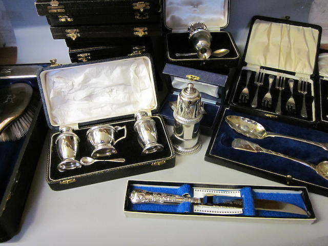 A pair of George IV berry spoons, London 1825,  (Qty)