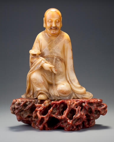 A large carved 'huang furong' figure of a luohan Early Qing dynasty