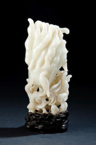 A large white jade 'finger citron'   Mid Qing dynasty