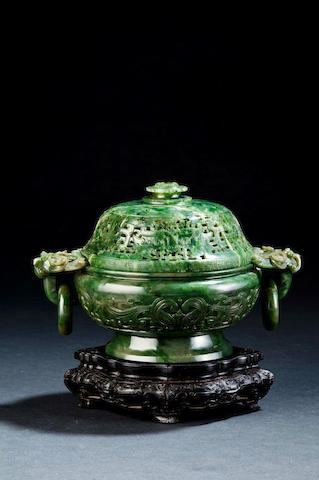 A spinach jade incense burner and a cover Qianlong