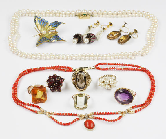 A quantity of gem set jewellery,