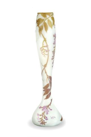 A Le Gras three colour cameo vase circa 1910