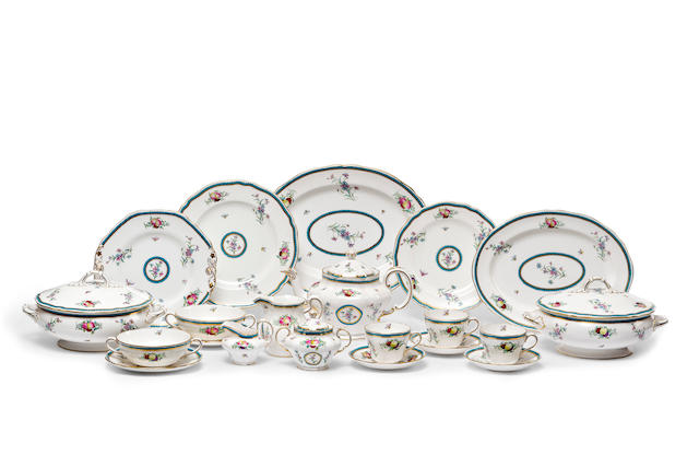 An extensive Spode 'Trapnell' dinner service for twelve 20th century