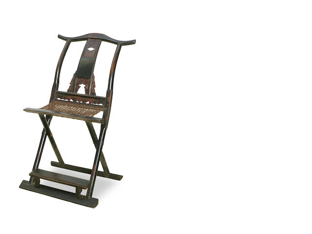 A Chinese folding yoke folding back side chair