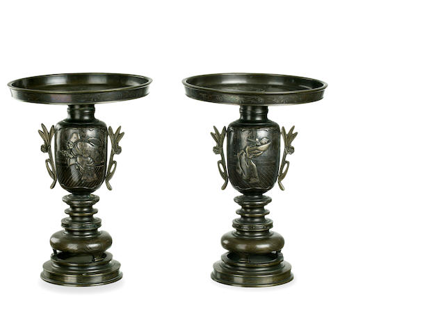 A pair of Japanese bronze censers Meiji period, circa 1880