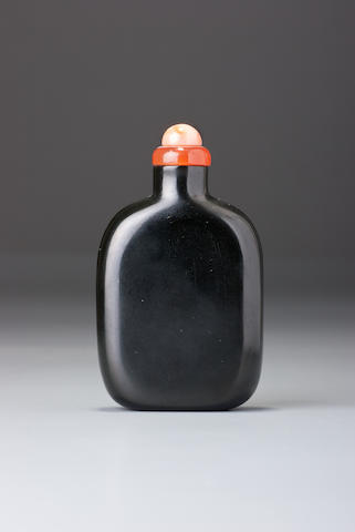 A black nephrite snuff bottle 1730–1860
