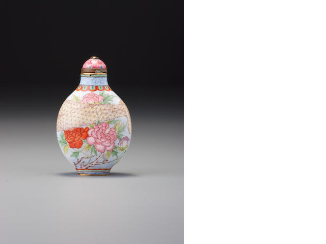 A 'famille-rose' enamelled copper 'floral' snuff bottle Imperial, Guangzhou, Qianlong blue-enamelled four-character mark and of the period, 1750– 1795