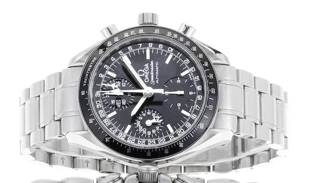 Omega. A fine stainless steel automatic chronograph bracelet watchSpeedmaster Day-Date, Ref:3520.50, Sold December 2004
