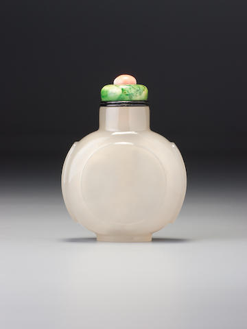 An inscribed chalcedony snuff bottle Imperial, Hanyuan zhai mark, probably palace workshops, Beijing, 1797