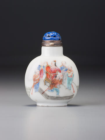 A 'famille-rose' porcelain 'Queen Victoria' snuff bottle Imperial kilns, Jingdezhen, Daoguang iron-red four-character seal mark and of the period, 1821–1850