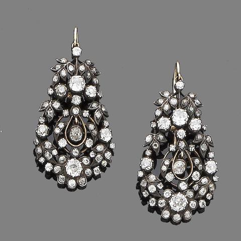 A pair diamond pendent earrings
