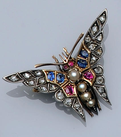 A Victorian multi gem set butterfly brooch (5)
