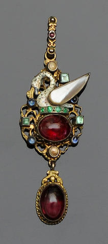 A quantity of antique jewellery