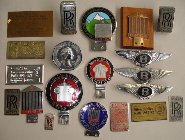 Assorted Rolls-Royce and Bentley badges,
