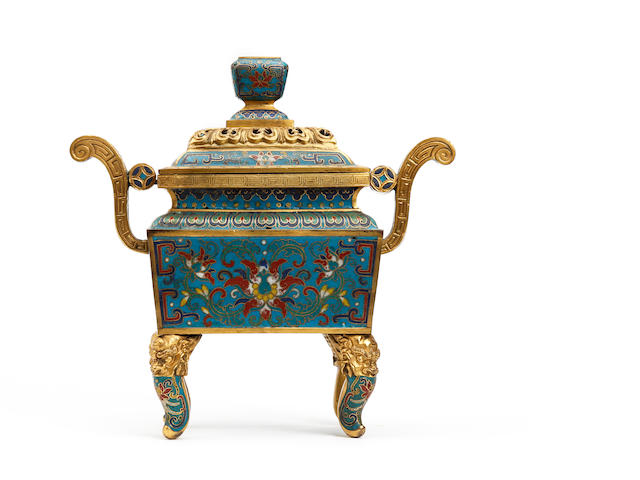 A Cloisonné rectangular four-legged vessel and cover 18th/19th Century