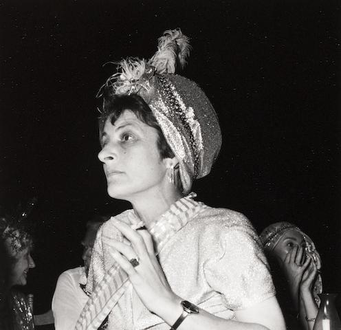 Robert Mapplethorpe (American, 1946-1989) Elizabeth Lascelles, Mustique, 1976 Paper 35.5 x 27.7cm, image 13.5 x 13.7cm