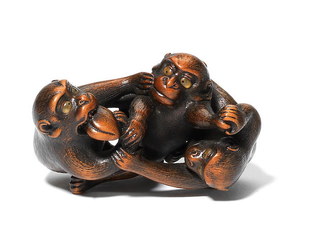A rare wood netsuke of three monkeys By Naito Toyomasa (1773-1856), Tanba, 1820