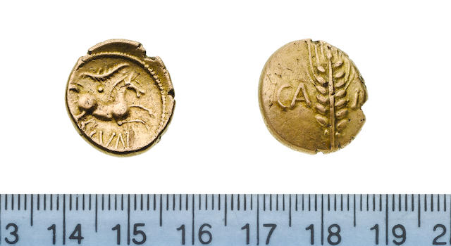 Catuvellauni, Cunobelin, 1st Century AD, Gold stater, linear type, 5.43g, corn ear with central stalk between CA MU,