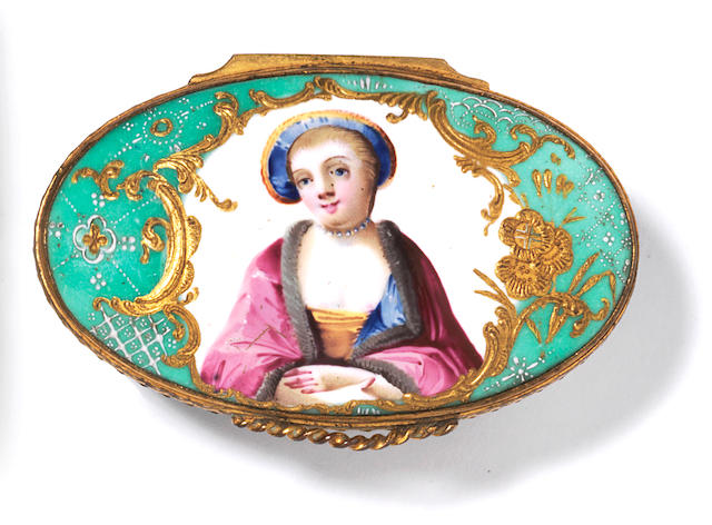 A Birmingham or South Staffordshire enamel snuff box