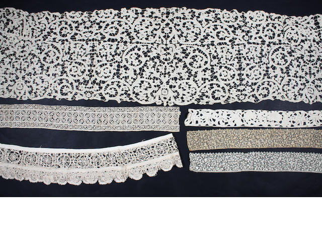 A group of 17th and 18th century lace