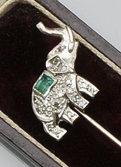A diamond and emerald elephant stickpin
