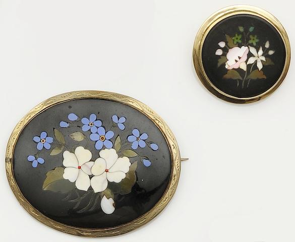 Two Victorian pietra dura brooches (2)