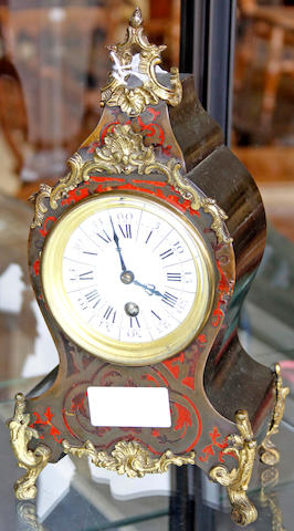 A French mantel timepiece,