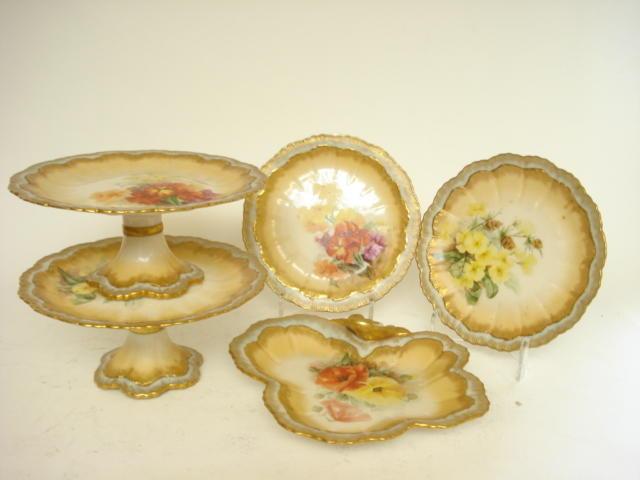 A Nautilus dessert set