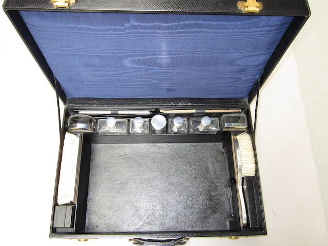 A French vanity case with La Dupont accessories