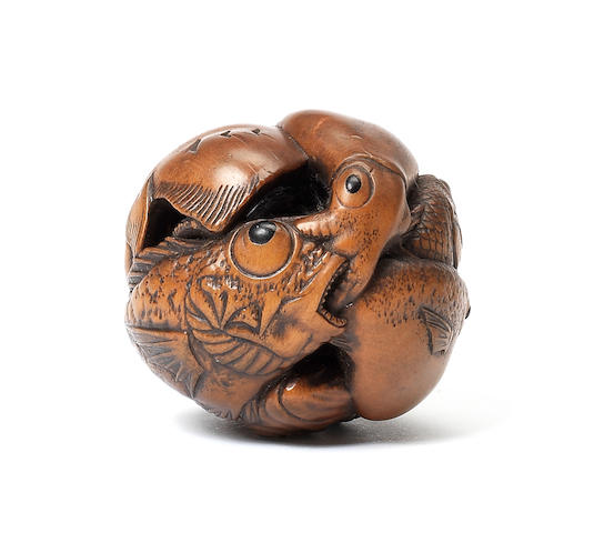 A boxwood netsuke of aquatic creatures By Suzuki Masakatsu, Ise, 19th century