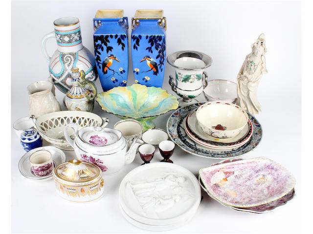 A collection of miscellaneous ceramics
