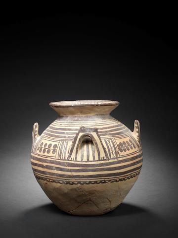 A Daunian storage jar
