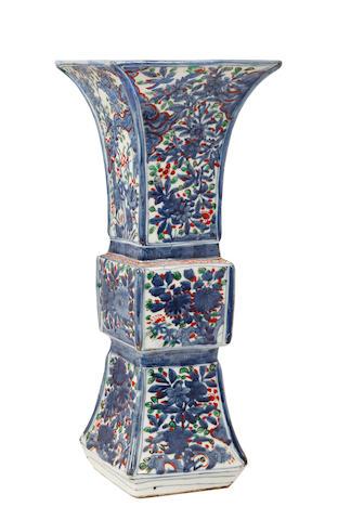 A wucai vase Of archaic shape