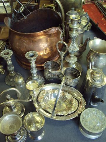 A large collection of various metalwares