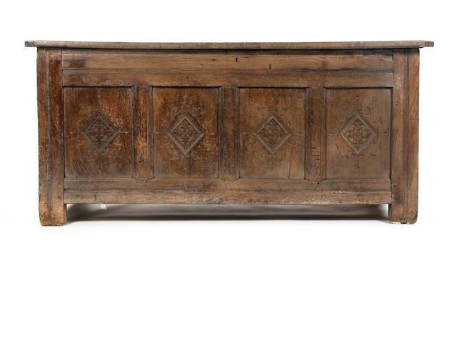 An early 17th Century oak coffer