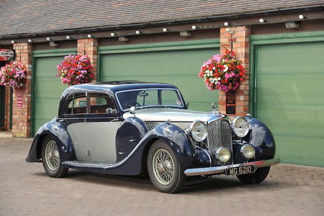 1938 Lagonda V12 Saloon De Ville