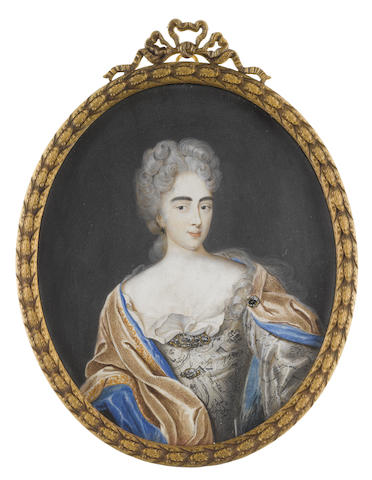 Scandinavian School, early 18th Century A Noblelady, wearing silver-grey gown, white chemise, jewelled brooches to her bodice and corsage, a brown mantle with gold embroidered edge and blue lining fastened to her dress with a black diamond brooch at her left shoulder, matching earring, her powdered hair elaborately curled, upswept and falling before her left shoulder