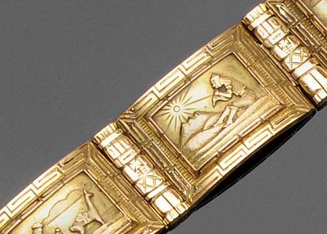 A panel bracelet