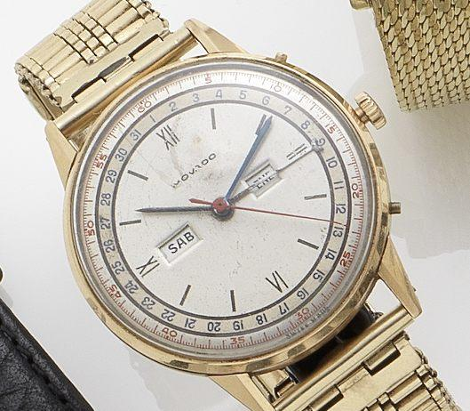 Movado. An 18ct gold manual wind calendar bracelet watch Circa 1950