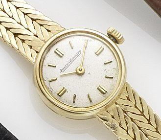 Jaeger-LeCoultre. An 18ct gold lady's bracelet watch