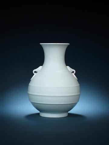 A clair-de-lune-glazed vase, hu Four-character seal mark jingyuantang zhi