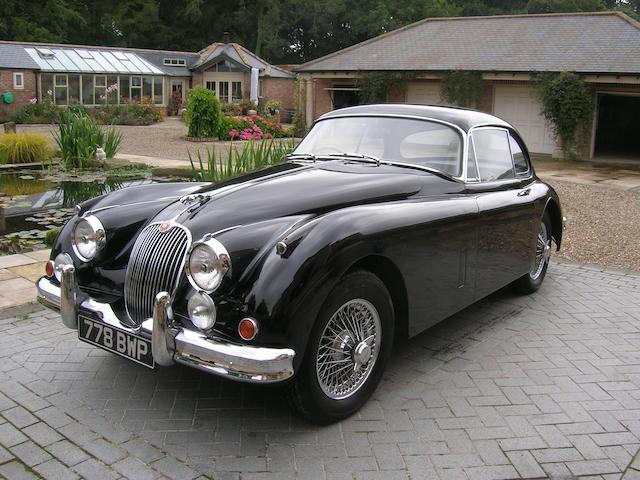 1960 Jaguar XK150,