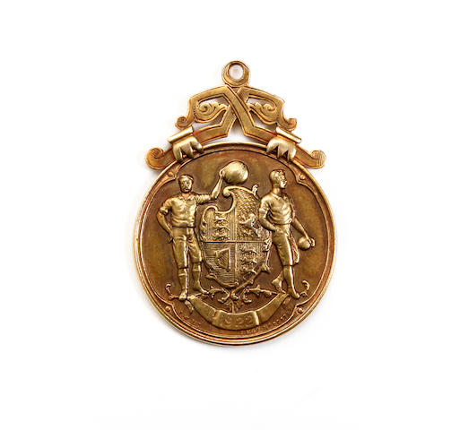 1921/22 F.A. Cup Final medal awarded to Huddersfield Towns Willie Watson