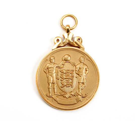 1963 F.A Cup Final medal awarded to Manchester United's Tony Dunne